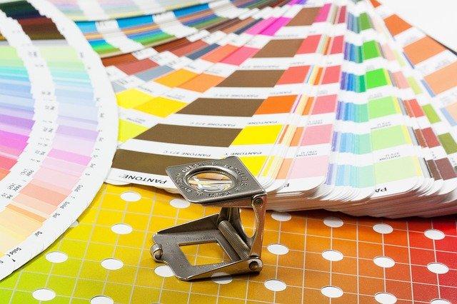 Nanomaterials colouring the world: (Nano)pigments